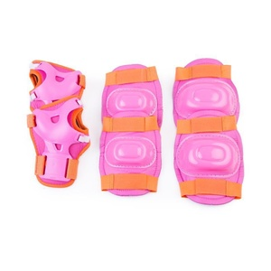 Készlet gyerekek protektorok Spokey AEGIS 3-dílná, rózsaszín, Spokey